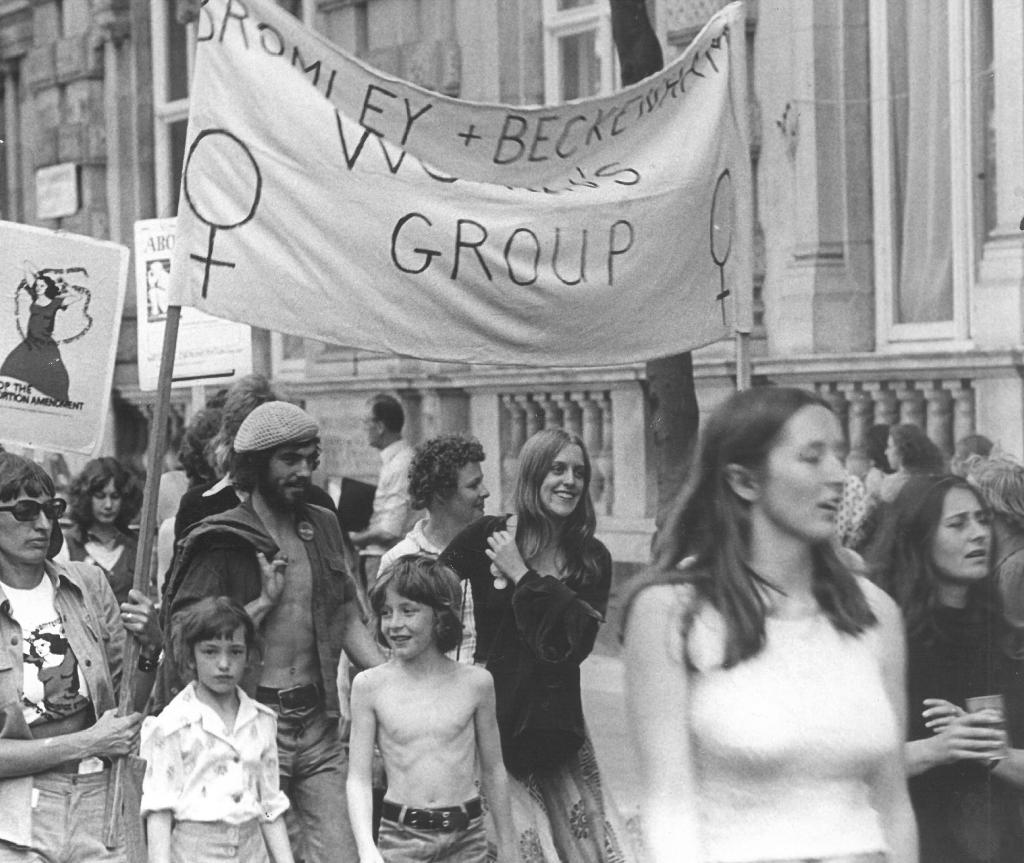 1975 PIC